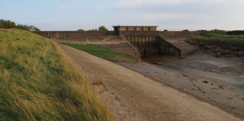 Huntspill Sluice at low tide