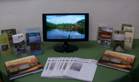 Tourist Information Centre screen , Glastonbury, wildlife photography